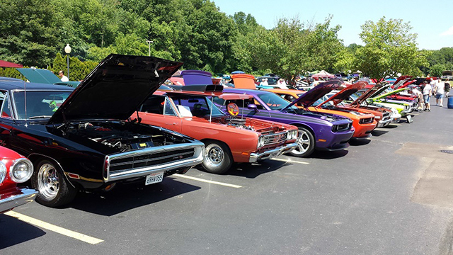 2013_MoparsAtBakers-298