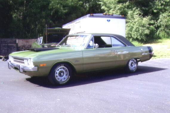 Barrie_1972_Dodge_Swinger-4