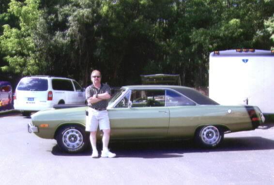 Barrie_1972_Dodge_Swinger-5