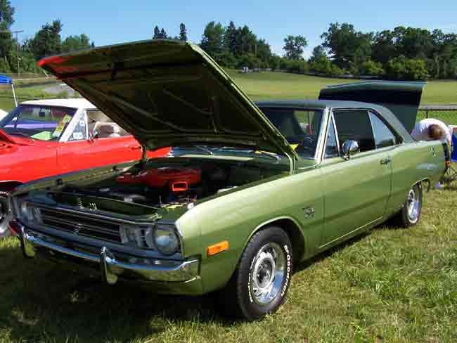 Barrie_1972_Dodge_Swinger-6